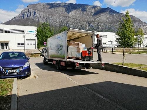 Ramassage de filtres usagés par Impact Environnement Services à Grenoble